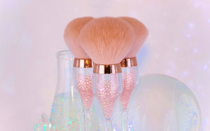 LIMITED EDITION - Champagne Rose Quartz Orbbing Brush