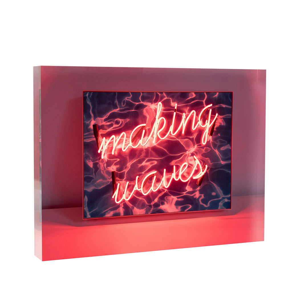 Lucite Block : Making Waves