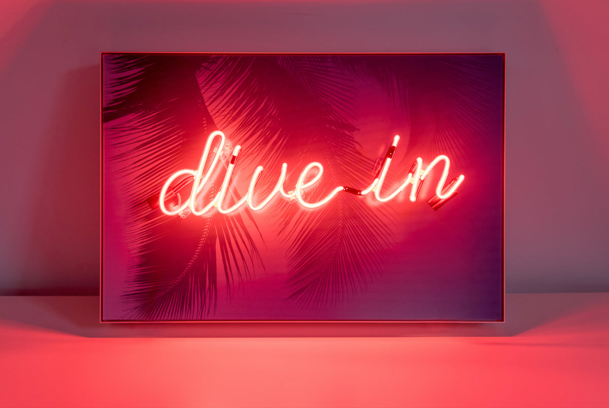 Neon Mantra: Dive In
