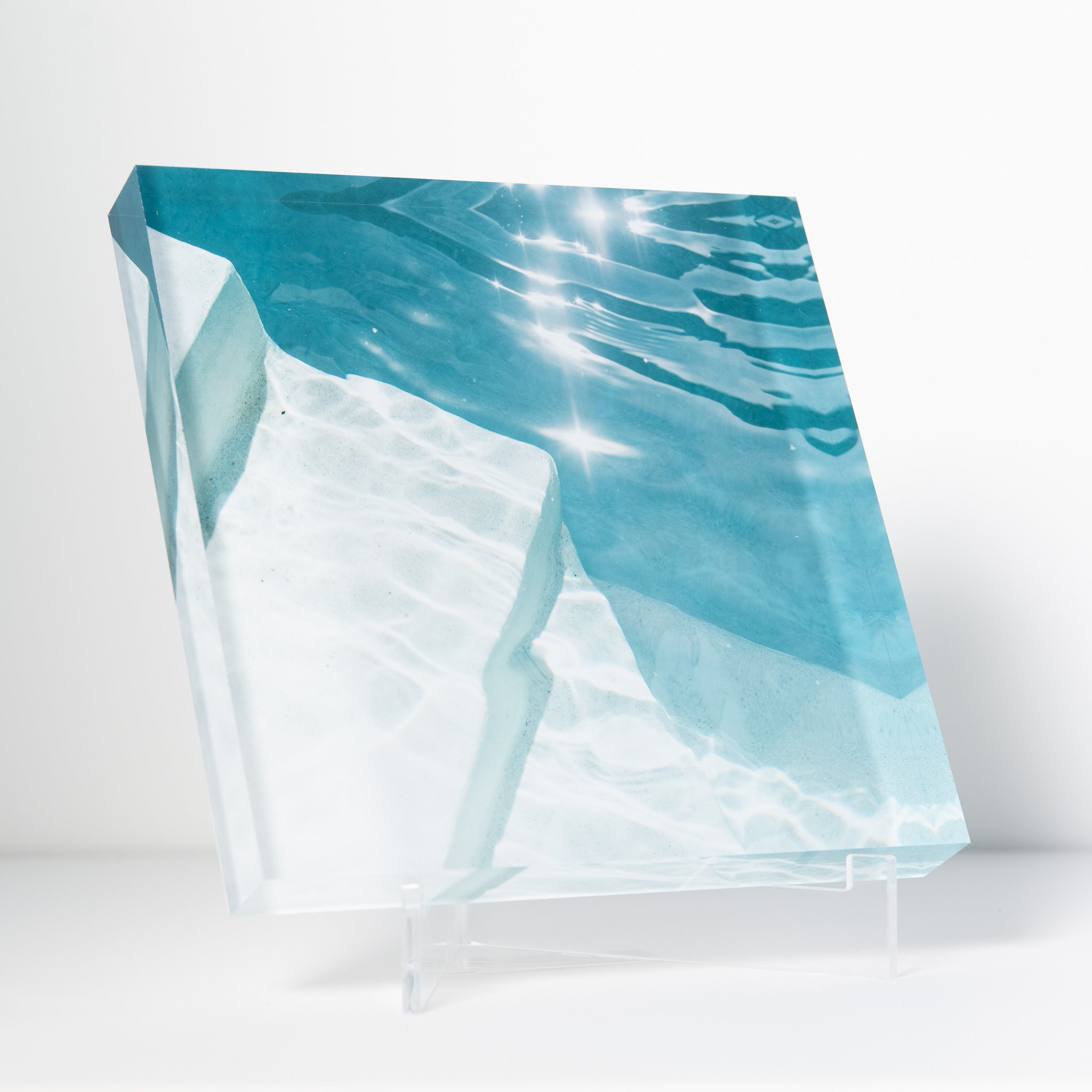 Lucite Block : Harbour Island Pool