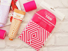 Skinny Tan 7 Day Tanner ULTIMATE DARK + Double Sided Tanning Mitt