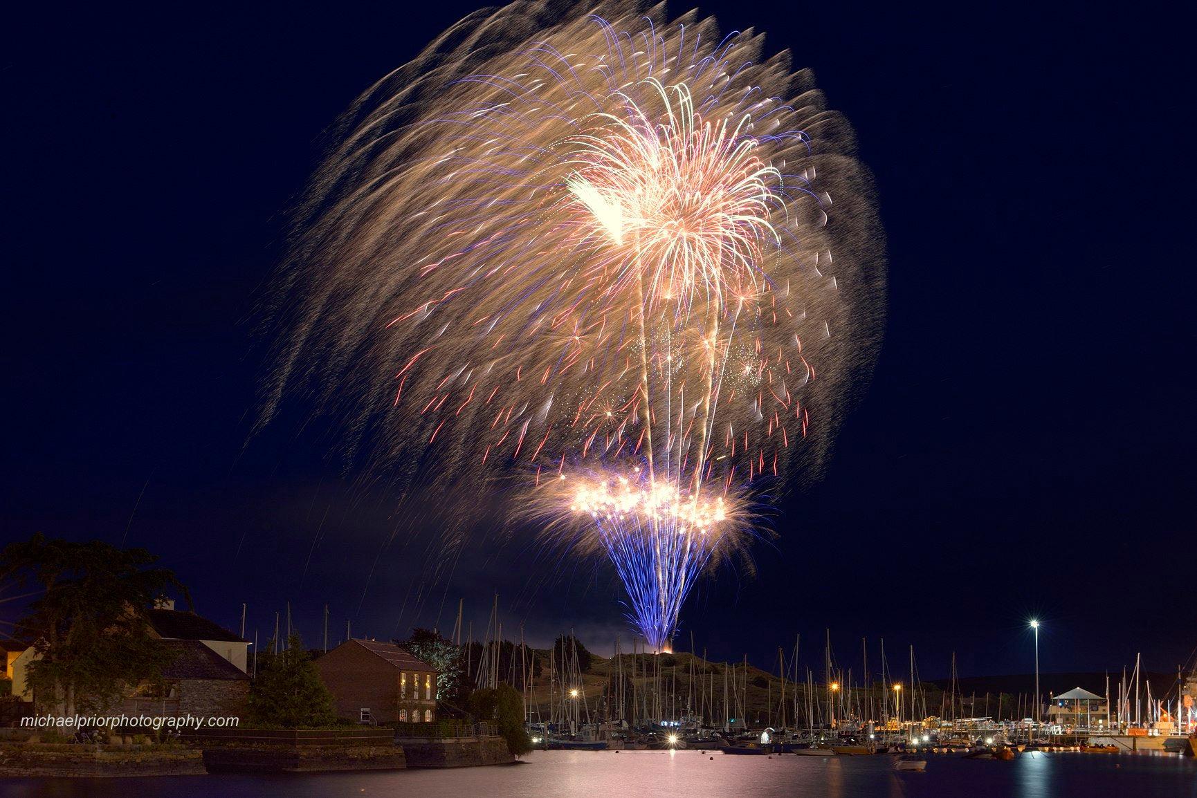 Fireworks Over Kinsale - Michael Prior Photography