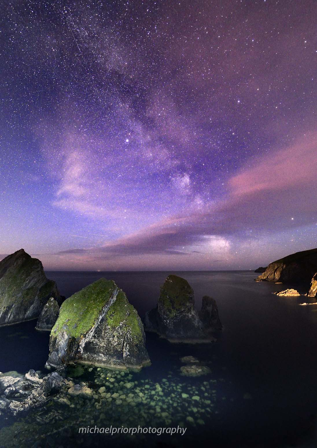 Nohoval cove and the milky way - Michael Prior Photography