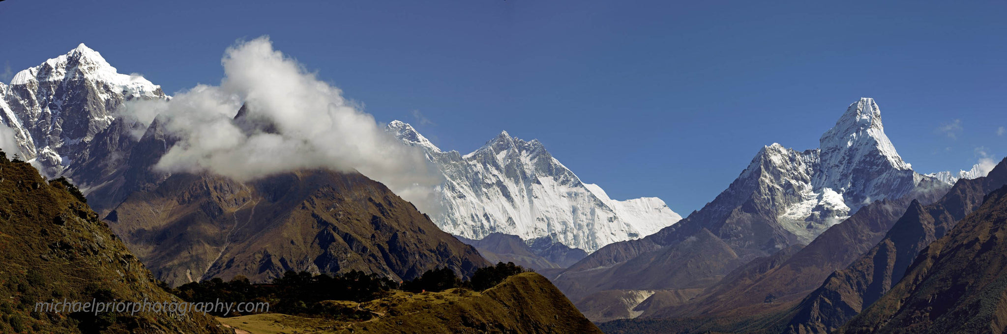 Himayan Panoramic With Mt Everest, Mt Lhotse And Ama Dablam