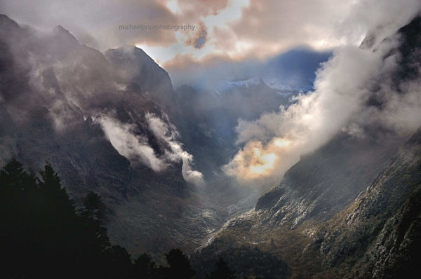 Himalayan Valley - Michael Prior Photography