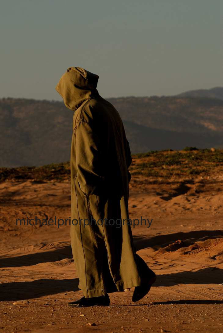 Shrouded Man In The Dessert - Michael Prior Photography