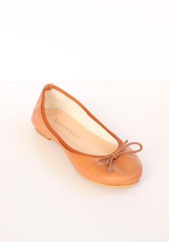 The Classic Leather Ballet Flat - Café Au Lait