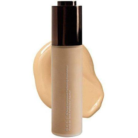 Aqua Luminous Perfecting Foundation in Beige