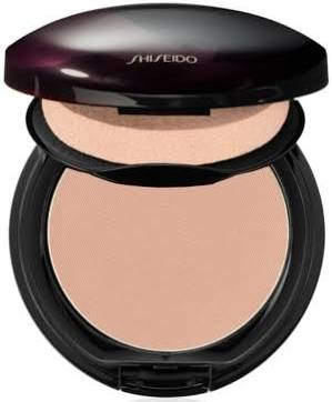 The Makeup Powdery Foundation in B40 Natural Fair Beige