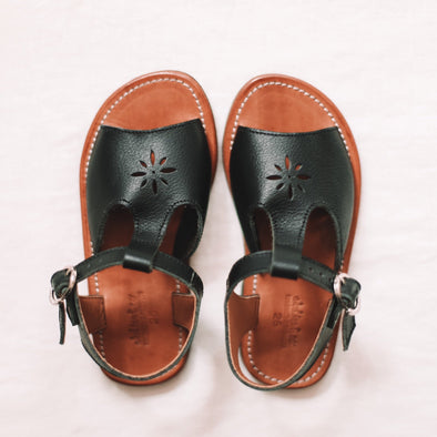 Black Estrella {Children's Leather Sandals}