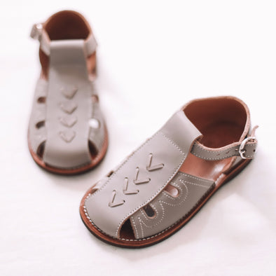 Grey Flecha {Children's Leather Sandals}