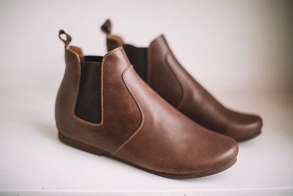 SECONDS Dark Brown Viajero Chelsea Boot {Women's Leather Boots}