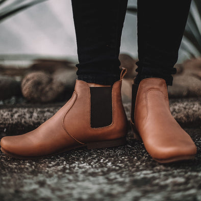SECONDS Viajero Chelsea Boot {Women's Leather Boots}