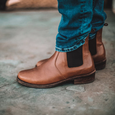 SECONDS Viajero Chelsea Boot {Men's Leather Boots}