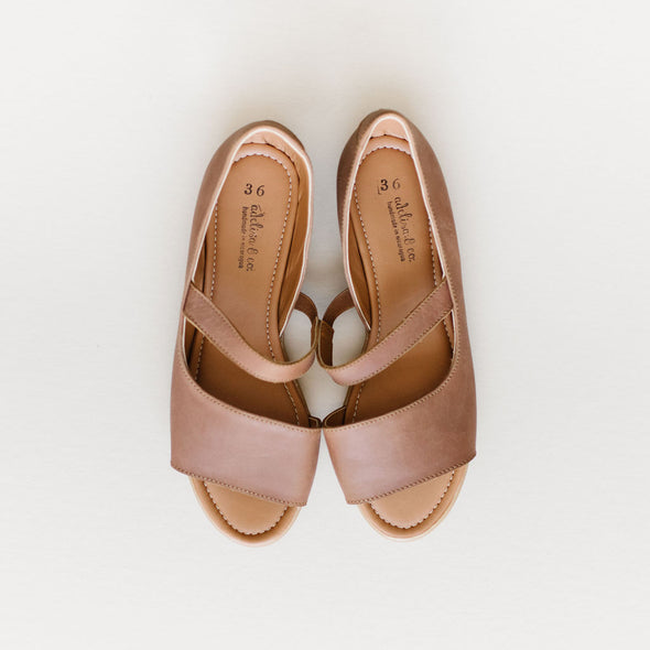 SECONDS Ivania {Women's Leather Shoe}
