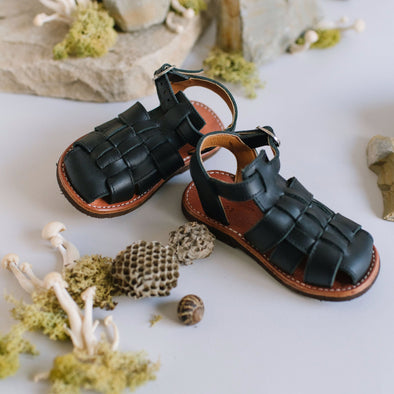 Black Aventura {Children's Leather Sandals}