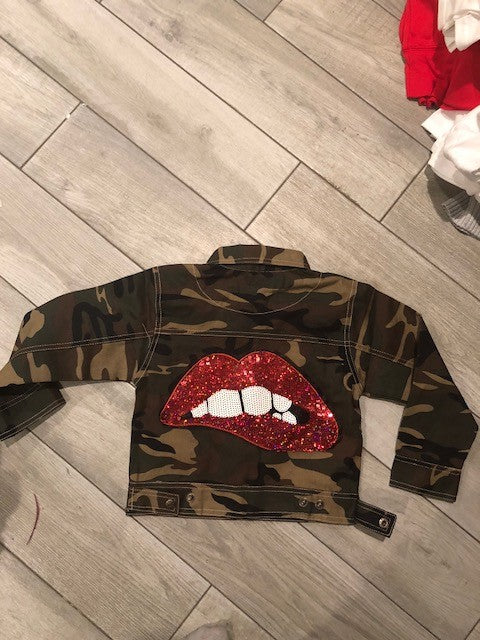 Army Print Lip Patch Jacket - Grey Suede