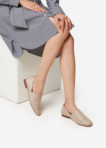 VERA AVERY SHOES in Nude Beige