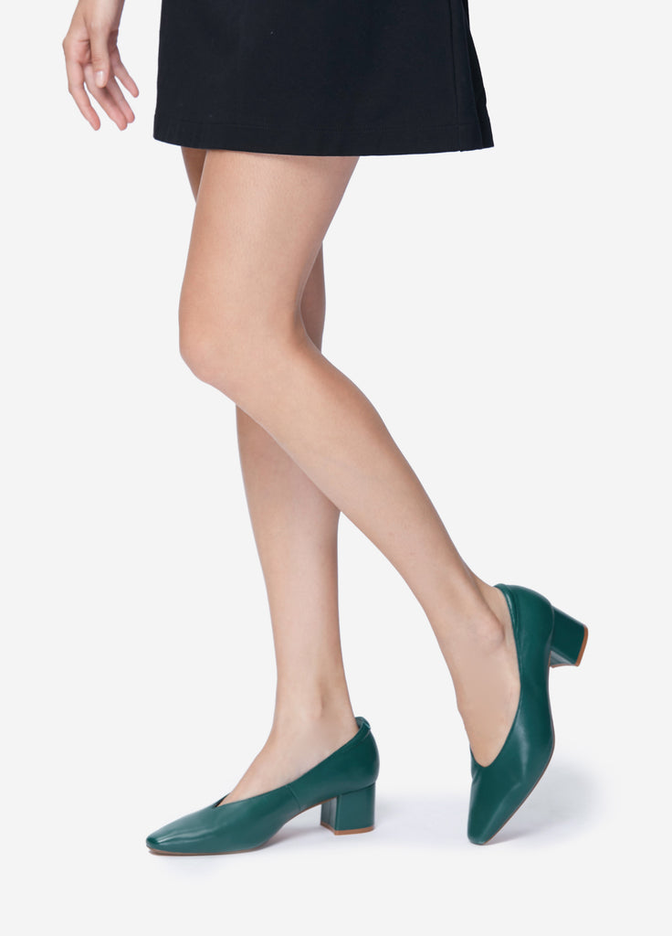 VERA HER HEELS in Evergreen