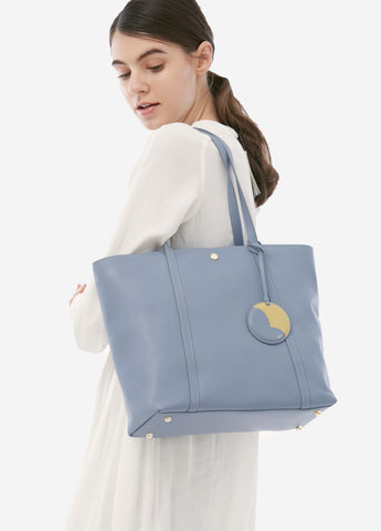VERA JOE'S TOTE in Breezy Blue