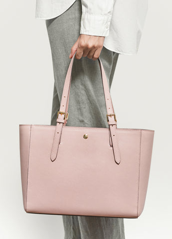 VERA The First Bag in Soft Pink