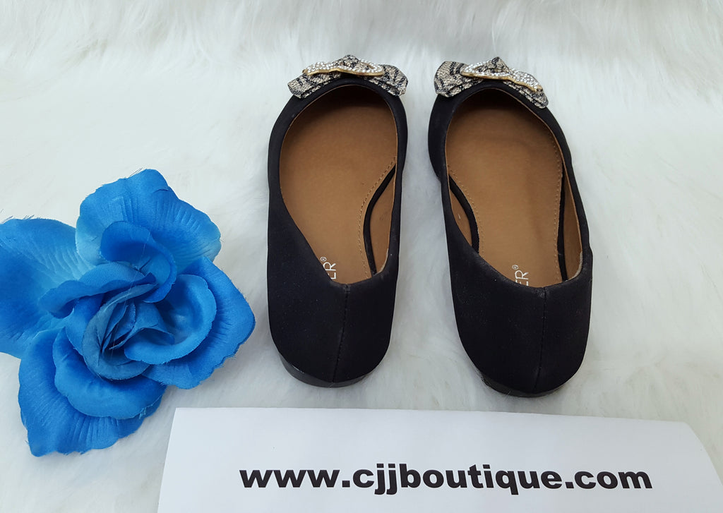 Lindo Black flat shoes - Bumper