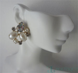 Beautiful Pearl Earings - CJJBoutique.com