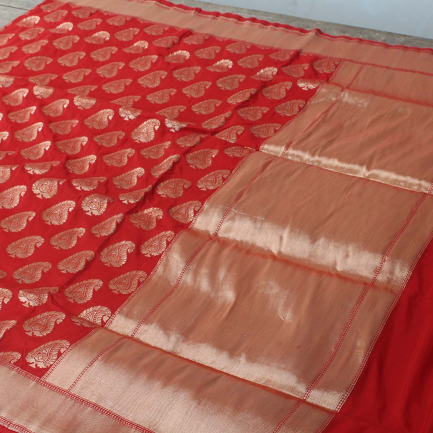 Red Pure Silk Georgette Banarasi Handloom Saree - Tilfi - 2