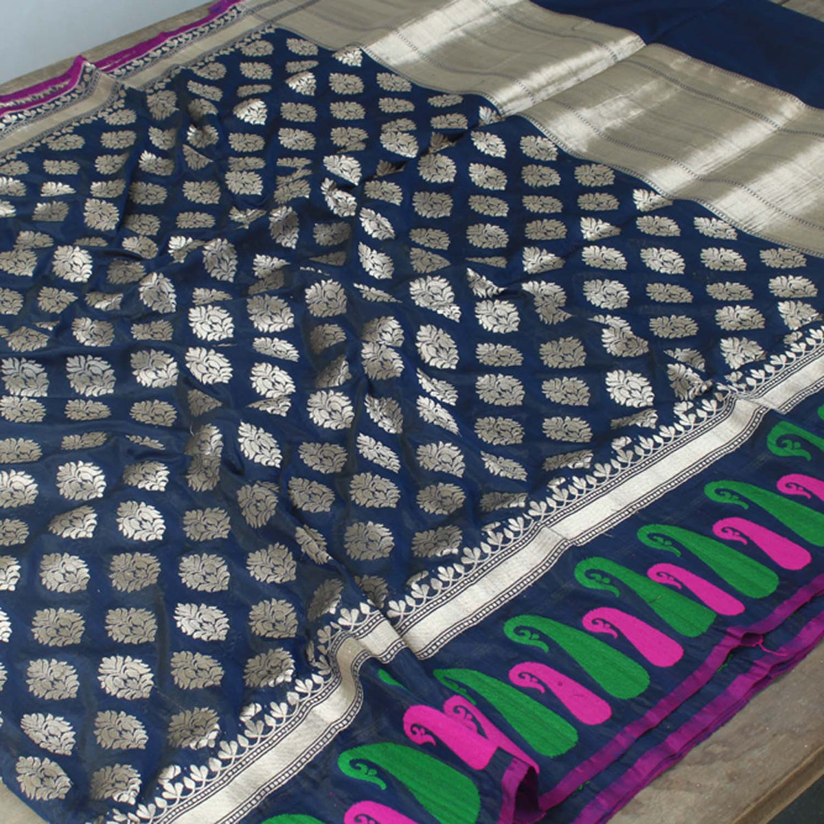 Black-Navy Blue Pure Silk Georgette Banarasi Handloom Saree - Tilfi - 2