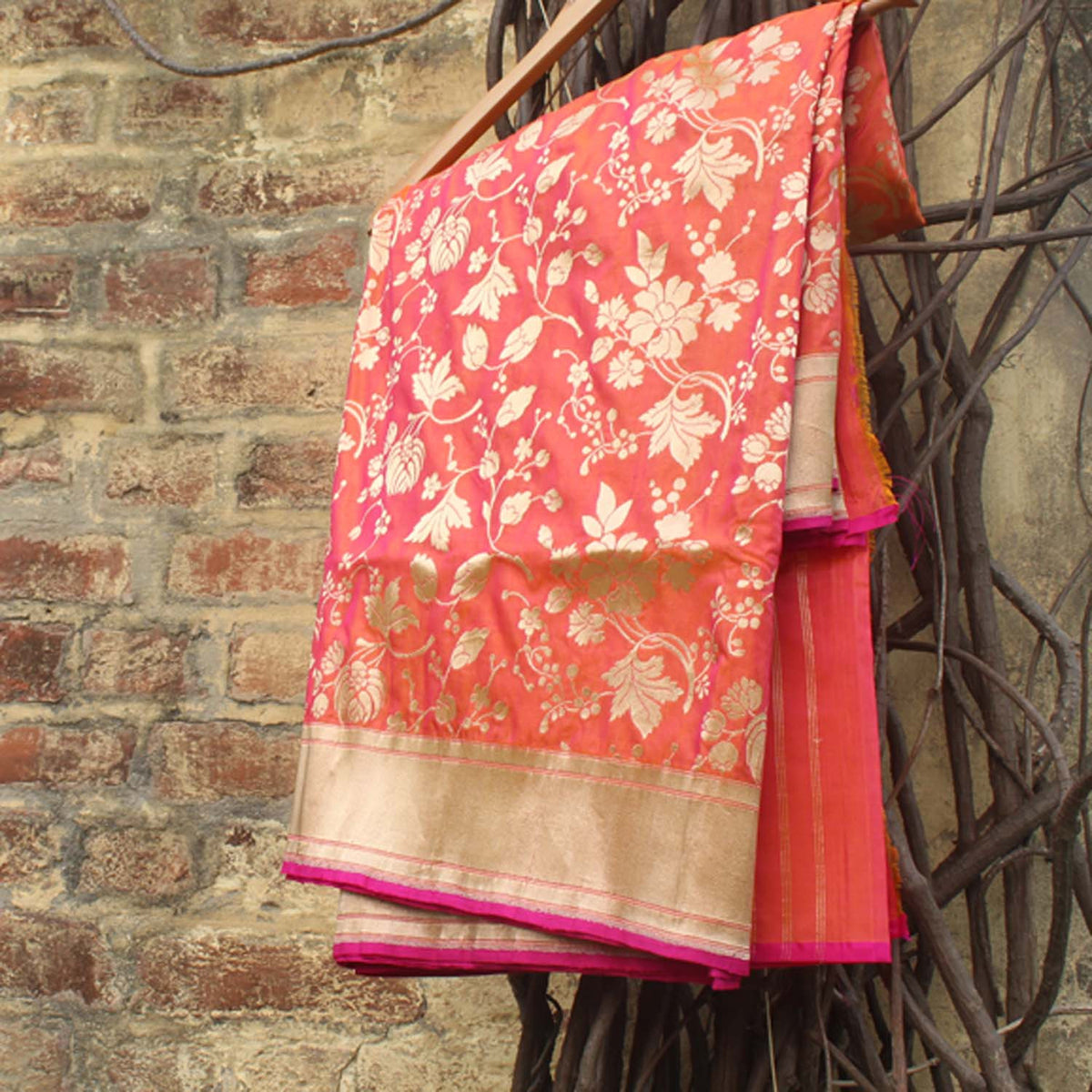 Gold-Indian Pink Pure Silk Georgette Banarasi Handloom Saree - Tilfi