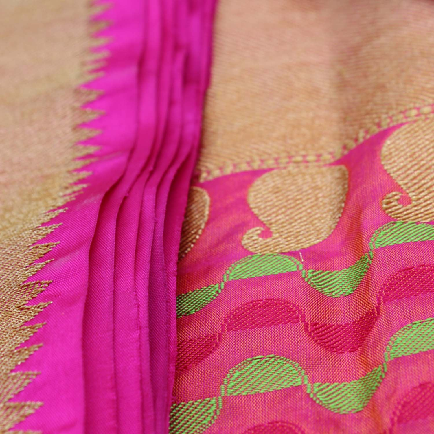 Indian Pink-Orange Pure Katan Silk Banarasi Handloom Saree - Tilfi - 5