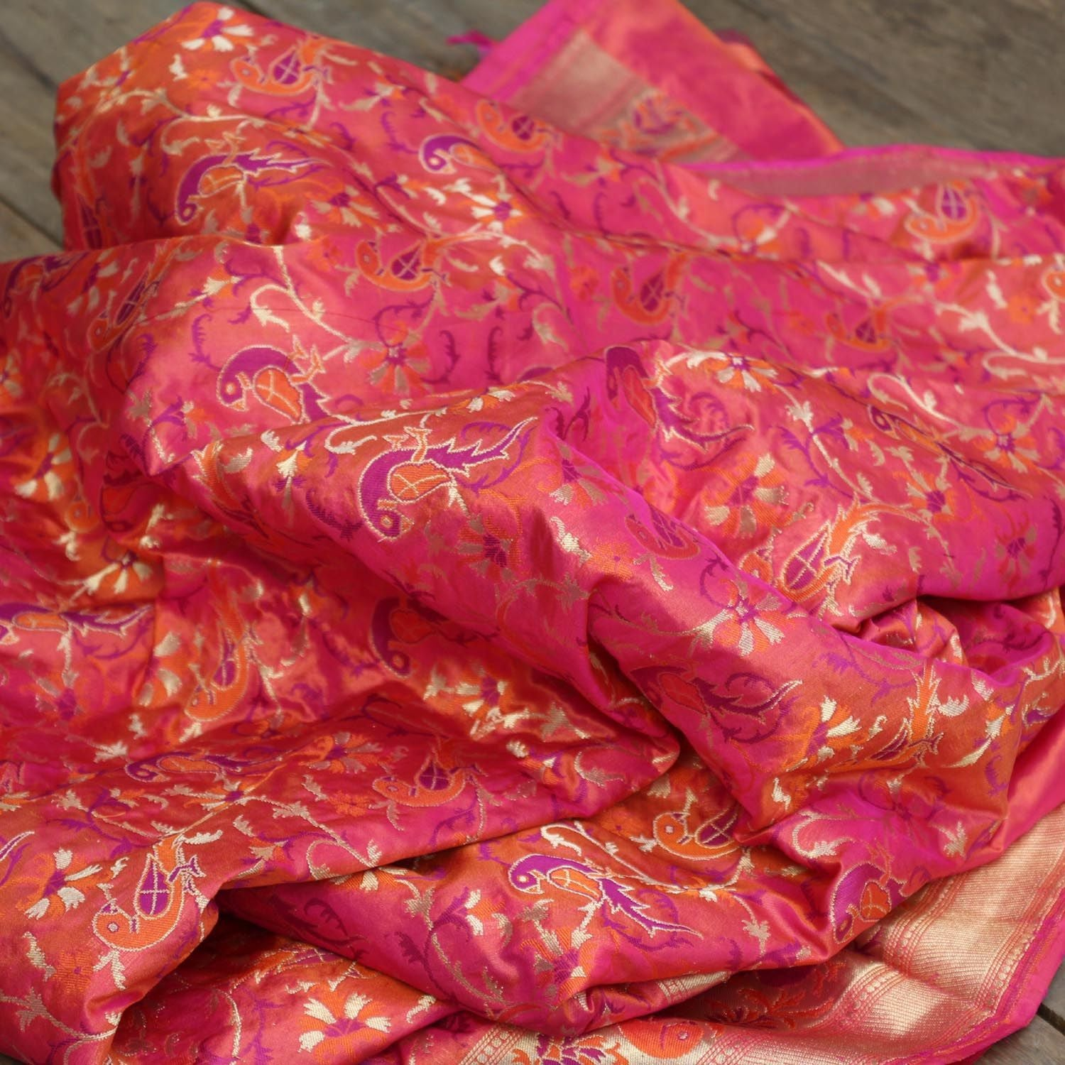 Indian Pink-Orange Pure Katan Silk Banarasi Handloom Dupatta - Tilfi - 3