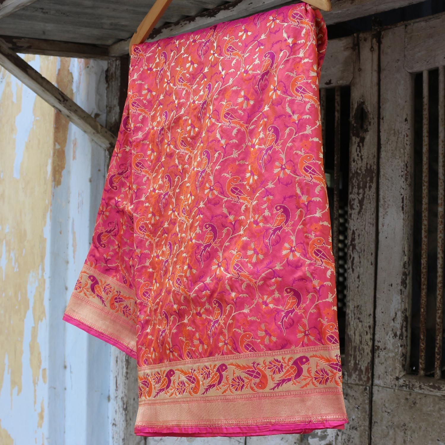 Indian Pink-Orange Pure Katan Silk Banarasi Handloom Dupatta - Tilfi