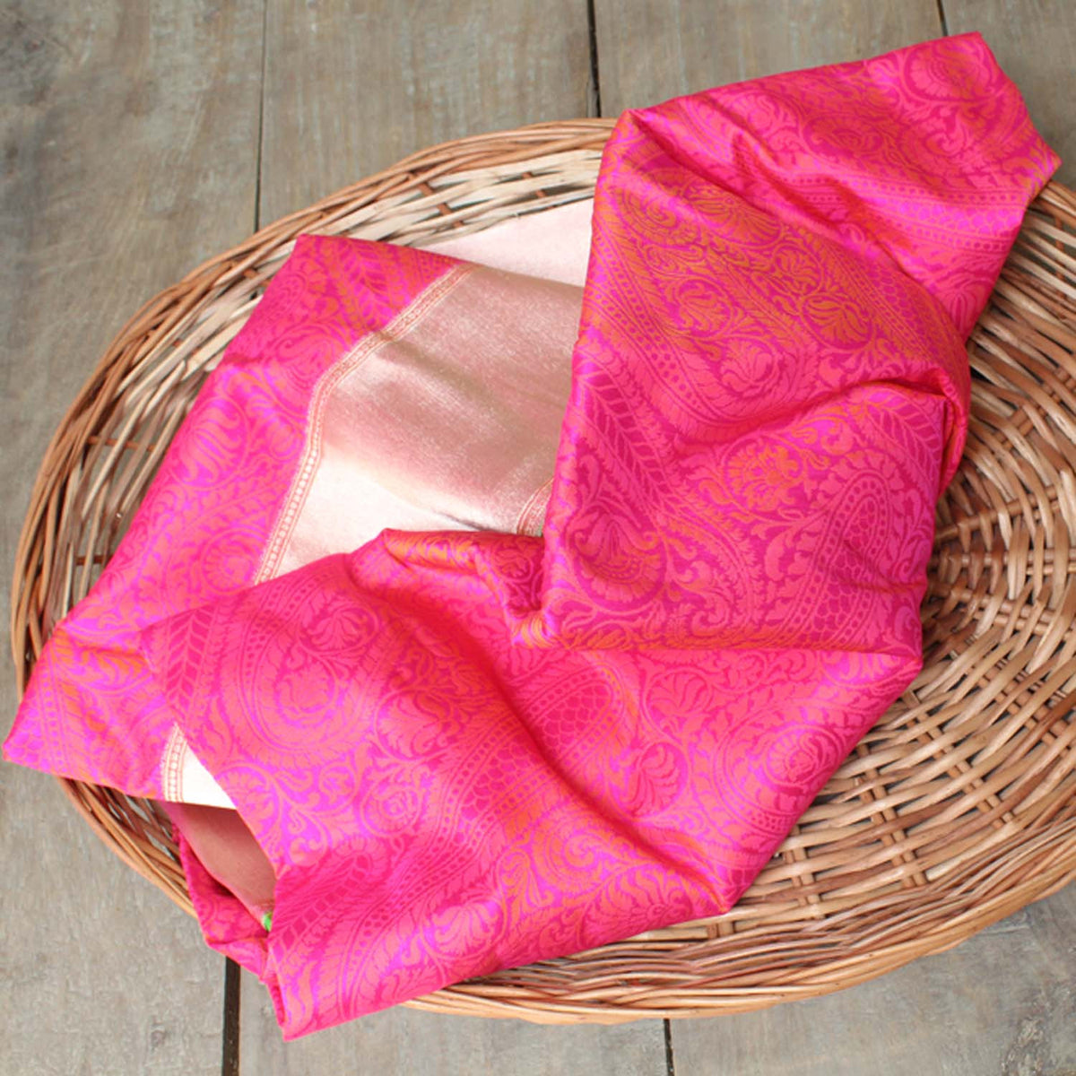 Indian Pink-Orange Shot Color Pure Georgette Silk Banarasi Handloom Saree - Tilfi