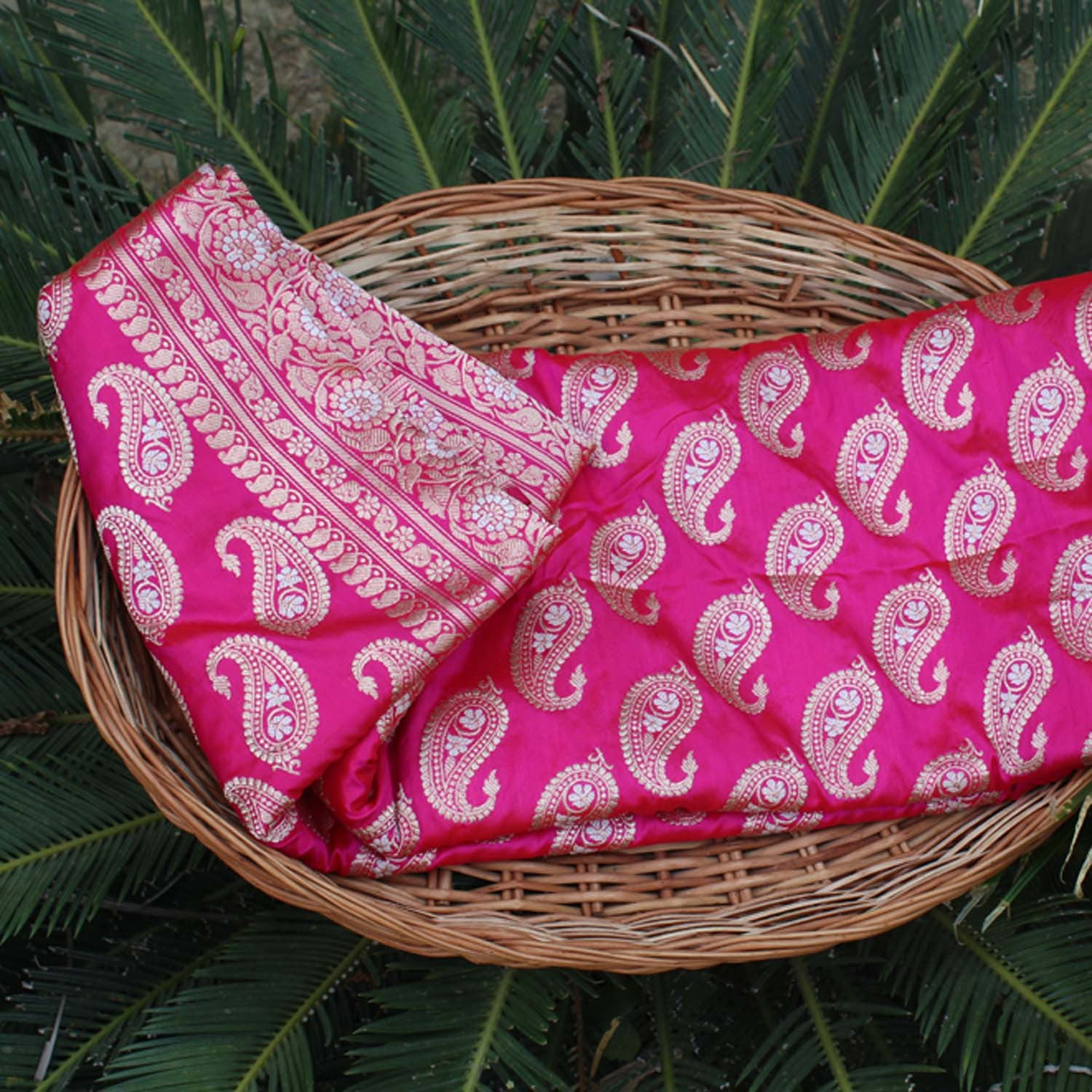 Red-Indian Pink Shot Color Pure Katan Silk Banarasi Handloom Saree - Tilfi - 1