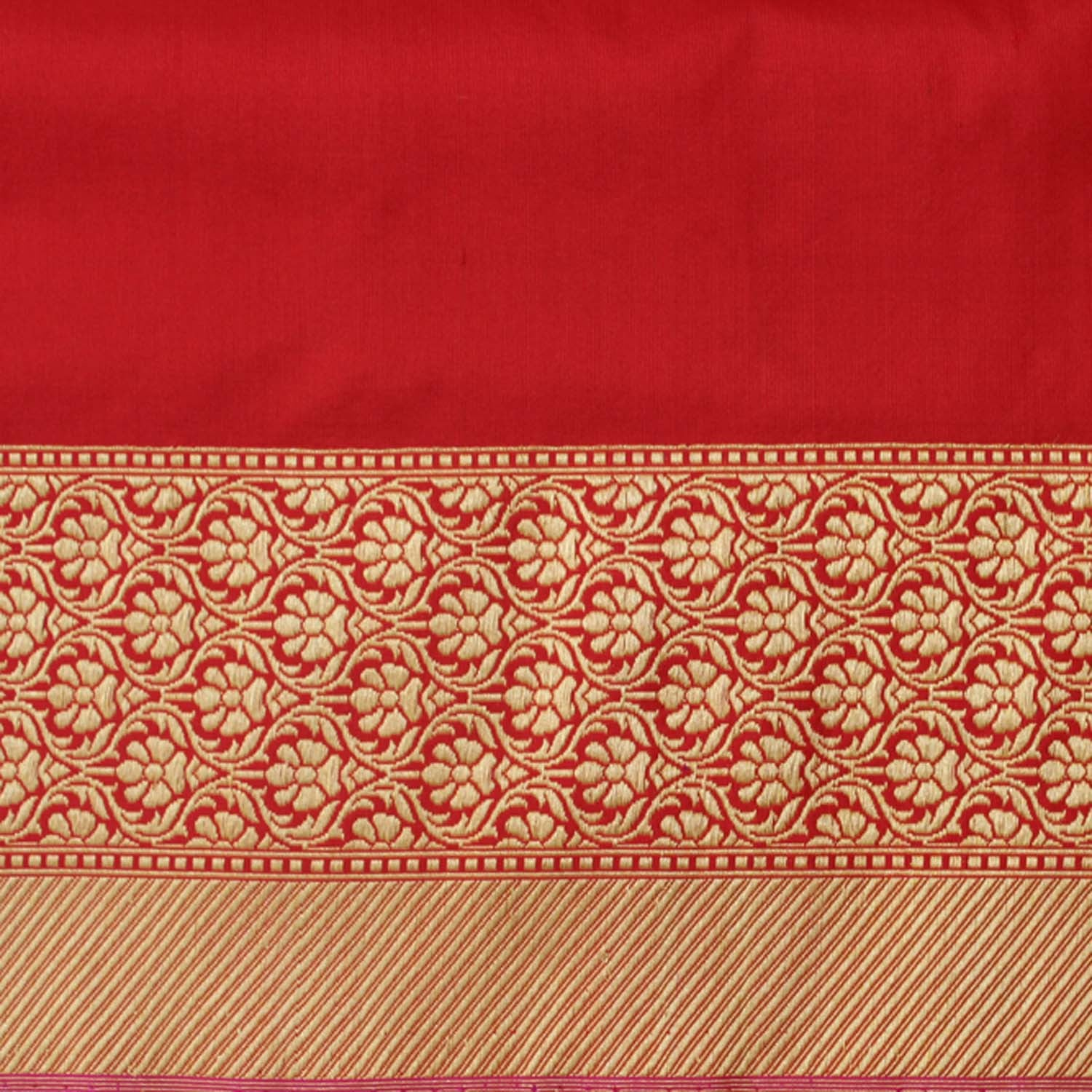 Red Pure Katan Silk Kadwa Banarasi Handloom Saree - Tilfi - 4