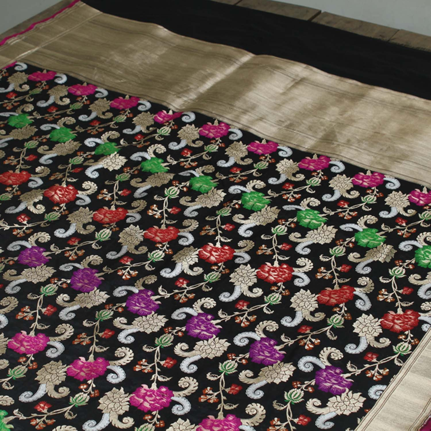 Black Pure Katan Silk Banarasi Handloom Saree - Tilfi - 3