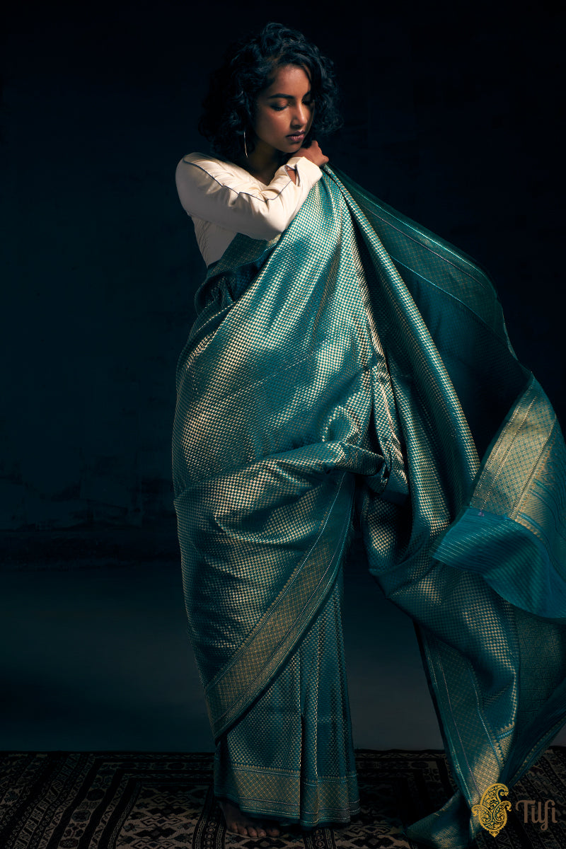 Pre-Order: Blue-Dark Green Pure Katan Silk Banarasi Handloom Saree
