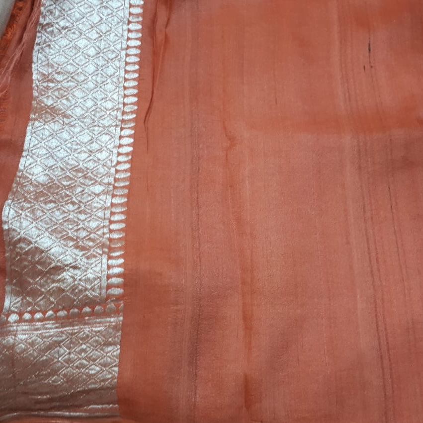 Dusty Rose Pure Tussar Georgette Silk Banarasi Handloom Saree