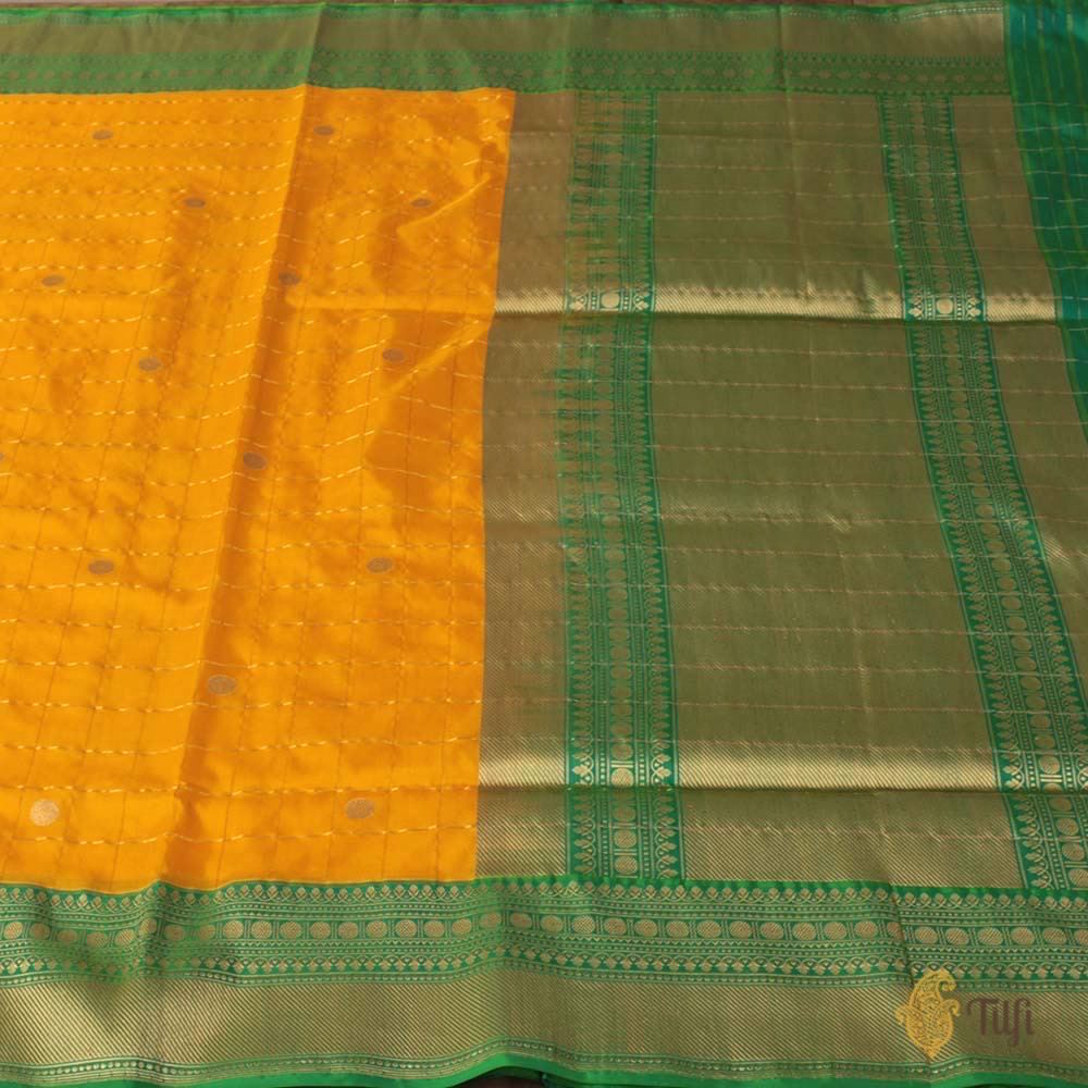 Yellow-Green Pure Katan Silk Banarasi Kadiyal Handloom Saree