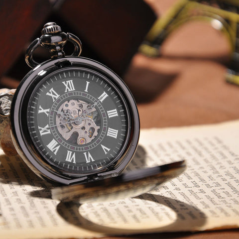 Montre mécanique Black & White Roman