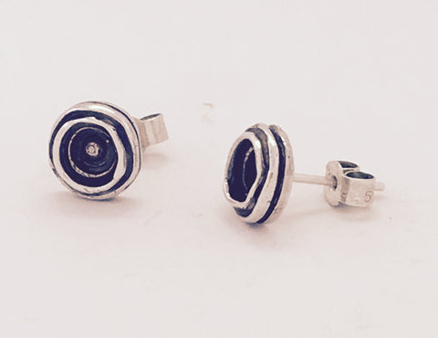 Silver & oxidised round concave stud earrings