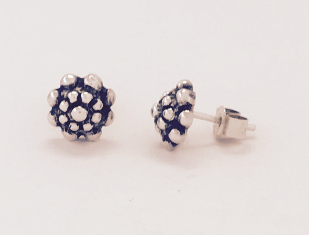 Silver & oxidised  bobbly stud earrings