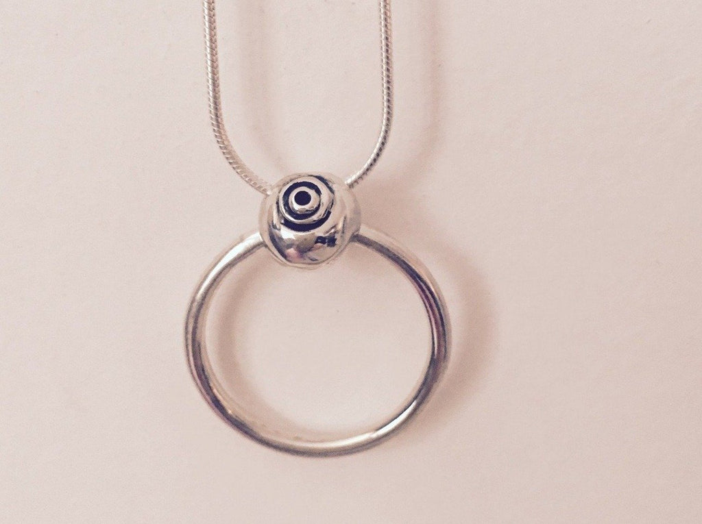 Silver circle shell  pendant necklace
