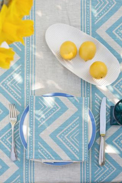 LIGHT BLUE ZIG ZAG NAPKINS