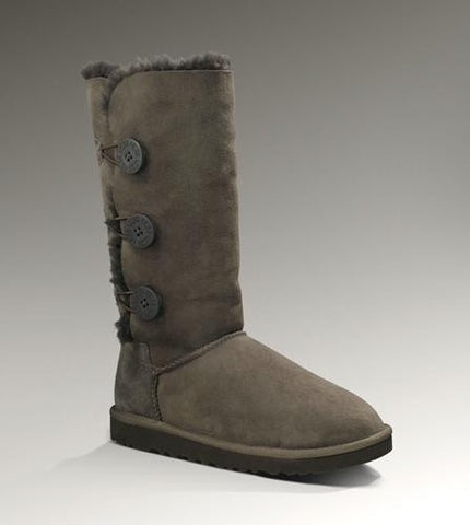 UGG Women's Bailey Button Triplet 1873 Chocolate