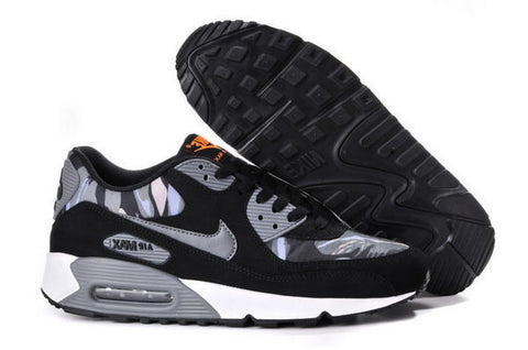 Air Max 90 Womens Shoe Black / Camo Grey / Metallic Silver