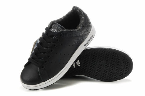 sale retailer 18a26 8484a Bath Womens Adidas Stan Smith Black