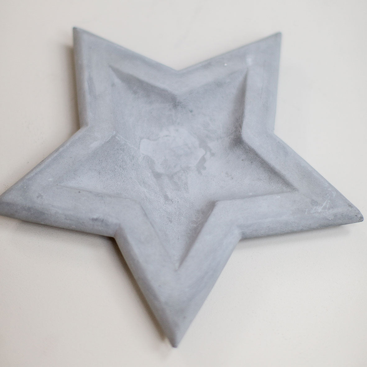 Concrete Star Dish