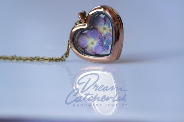 Hydrangea Heart Locket - glass & coffee stainless steel